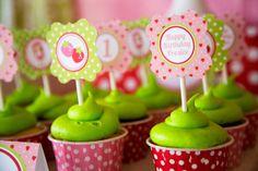 STRAWBERRY Shortcake Cupcake Toppers  por LillianHopeDesigns, $8.00