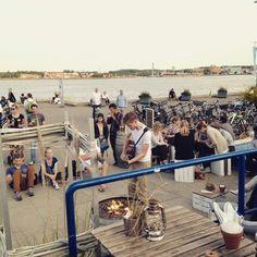 #Fischbar #liveauthentic #kiel live now at the Fischbar!