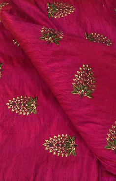 Image result for jaal design mehndi Hand Work Blouse Design, Simple Blouse Designs, Embroidery Neck Designs, Hand Work Embroidery, Saree Blouse Neck Designs, Bridal Blouse Designs, Baby Lehenga, Saree Border, Kurta Designs Women