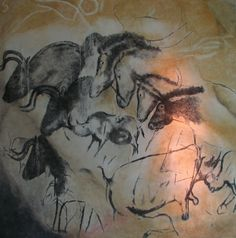 Chauvet Cave Art Horses bisons rihoncerosses 31,000 BP