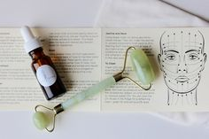 Helpful Face skin care pointers number it is the awesome track to provide right care of one's face. Daily and nightly skin care facials faces ideas of face care. Massage Lotion, Face Massage, Skin Care Regimen, Skin Care Tips, Jade Face Roller, Gua Sha Facial, Handmade Cosmetics, Face Skin Care, Homemade Skin Care
