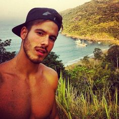 Lucas Bernardini, brazilian, vegan, model. Looking for an organic lifestyle. Mind, body and energy integrated! We are one.