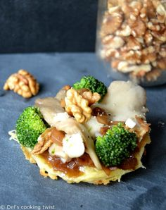 Saint Marcelin Cheese tartlets with Oyster Mushrooms, Broccoli and Walnut Vinaigrette | Del's cooking twist