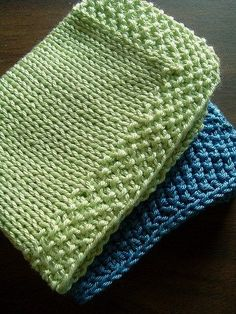 Favorite Washcloth Patterns /// maybe this will be helpful to add length around a blanket Knitted Washcloth Patterns, Knitted Washcloths, Dishcloth Knitting Patterns, Crochet Dishcloths, Knit Or Crochet, Crochet Patterns, Washcloth Crochet, Stitch Patterns, Cowl Patterns