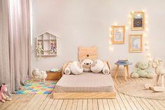Começamos esta semana com uma inspiração incrível! <3 O quartinho para bebê com a Cama Abraço de Urso, que acompanha seu pequeno ou sua pequena desde os primeiros dias até a adolescência. Na foto, a versão inspirada no método montessori. :D O que vocês acharam? Clique no link da bio para ver os produtos da foto! #meumoveldemadeira #decoracao #decor #homedecor #instadecor #home #instahome #house #instahouse #casa #casadecor #instacasa #interiordesign #interiordecor