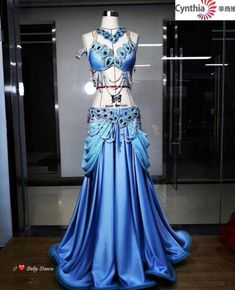 Belly Dance, Latina, Dancing, Fashion Inspiration, Formal Dresses, Belly Dance Outfit, Dance Clothing, Character Outfits, Costume Design