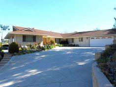 4430 Cezanne Avenue, Woodland Hills, CA 91364 Teri Young 818-929-8838