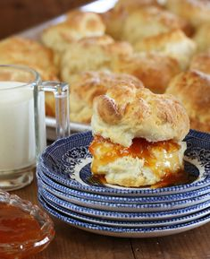 Maggie Beer's Scones - A timeless recipe from Australia& culinary queen - Beer Recipes, Baking Recipes, Cake Recipes, Dessert Recipes, Recipies, Yummy Recipes, Vegetarian Recipes, Desserts, Butterbeer Recipe