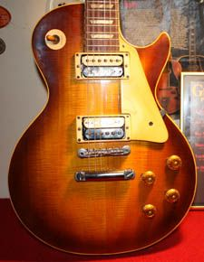 1959 Gibson Les Paul Standard owned by J. Giels.