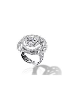CHANEL - 1932 collection - Ring in 18K white Gold and Diamonds - Chanel Fine Jewelry
