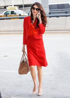 Amal Clooney and Nadia Murad at the United Nations Security Council Chamber Fashion 2017, Star Fashion, Latest Fashion Trends, Amal Clooney, George Clooney, Classy Outfits, Work Outfits, Work Wardrobe, Office Fashion