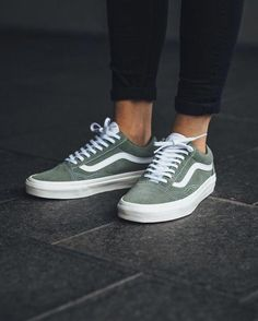 5ffe1c6b83 30 Best Vans shoes old skools images