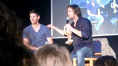 """This is way too funny! Heehee! """"Misha crashes Jensen and Jared's panel & the boys play with the screen""""."""