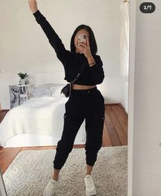 Source by vanessarivascas # youth women's shoes - Source by vanessarivascas - Cute Outfits Basic Outfits, Sporty Outfits, Winter Fashion Outfits, Mode Outfits, Simple Outfits, Look Fashion, Stylish Outfits, Simple College Outfits, Fall Outfits
