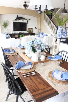 Blue and White Kitchen Table - Starfish Cottage : Blue and White Kitchen Table - Starfish Cottage Casual Table Settings, Table Place Settings, Kitchen Table Makeover, Kitchen Decor, Kitchen Design, Painted Kitchen Tables, Quality Kitchens, Decoration Table, Kitchen Table Decorations