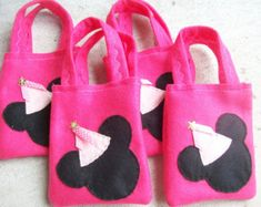 MINNIE MOUSE PARTY/ All in pink/ Felt party bags/ Set of 10
