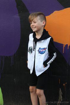 Space Punk Vest ( pattern: big day out jacket by Ainslee Fox) boy fashion Fox Boy, Big Day Out, Vest Pattern, Boy Fashion, Fashion Design, Thimble, Inspiration For Kids, Vest Jacket, Punk