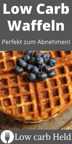 Lecker und einfach. Probier diese Low Carb Waffeln! Stevia, Low Carb Desserts, Held, Waffles, Breakfast, Healthy, Goodies, Simple, Waffle Iron