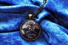 Bezeichnung: 1 Halskette mit Fotografie Marke: elbvue – aus eigener Herstellung Material: hochwertiger Modeschmuck Größe: Cabochon: 30 mm Durchmesser, Länge der Kette: wahlweise 40 cm oder 75 cm...