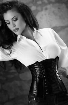 FETISH ELEGANCE...its not all naughty....ummmm well *blushes* not in this case hahahaha! Finest look. LOVE! YES!