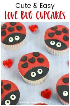 Cute and easy love bug cupcakes recipe for Valentines day - these fun ladybug cupcakes are perfect for party food and baking with kids Ladybug Cupcakes, Holiday Cupcakes, Giant Cupcakes, Snowman Cupcakes, Cupcake Recipes, Cupcake Cakes, Cup Cakes, Butter Finger Dessert, Cupcake In A Cup