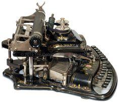Crandall, New Model Crandall Machine Company, Croton, New York 1886 - serial Pipe Bookshelf, Bookshelf Styling, Vintage Fans, Vintage Items, Writing Machine, Nerd Decor, Interior Design Books, Antique Typewriter, Old Technology