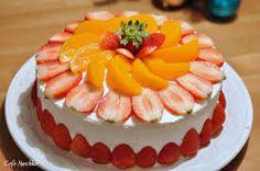Bolo decorado com frutas                                                                                                                                                                                 Mais