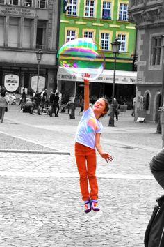 """Breslavia, Polonia, 2° riScatto urbano di  Tania Lagana. Saranno conteggiati i """"mi piace"""" al seguente post: https://www.facebook.com/photo.php?fbid=10206164600425666&set=o.170517139668080&type=3&theater"""