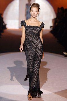 Alberta Ferretti Spring 2006 Ready-to-Wear Collection - Vogue Couture, Alberta Ferretti, Fashion Show, Fashion Design, Evening Gowns, Ready To Wear, Cool Outfits, Chiffon, Vogue