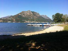 un magnifico laghetto parte del lago di como