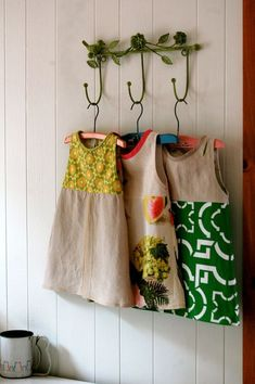 country girl dresses - would look great with funky gumboots! Sewing For Kids, Baby Sewing, Little Girl Dresses, Girls Dresses, Couture Bb, Country Girl Dresses, Sewing Crafts, Sewing Projects, Creation Couture