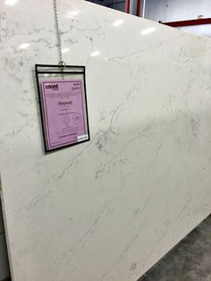 Stone countertops that look like marble  [Thrifty Decor Chick]]
