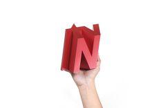 tvN 10 award trophy designed by BKID  #tvN #Award #Trophy #Prize #Branding #Red #BKID #BKIDSTUDIO #송봉규 #bongkyusong
