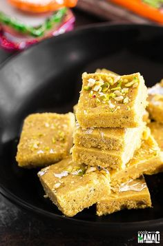Besan Burfi is a popular Indian sweet made of chickpea flour and ghee. This delicious homemade fudge is also gluten-free and perfect for the festive season! Indian Dessert Recipes, Sweets Recipes, Cooking Recipes, Indian Sweets, Indian Recipes, Eid Recipes, Cooking Games, Recipies, Gluten Free Treats