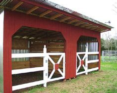 """My favorite """"base camp"""" for trail riding adventures at the LCRA park on the Colorado River. Dream Stables, Dream Barn, Horse Stables, Horse Farms, Horse Shed, Horse Barn Plans, My Horse, Horses, Barn Layout"""
