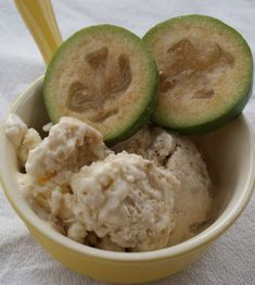 Easy Feijoa Ice Cream Recipe Photo Credit Lucy Corry/The Kitchenmaid Fejoa Recipes, Guava Recipes, Lamb Recipes, Ice Cream Recipes, Fruit Recipes, Dessert Recipes, Cooking Recipes, Recipies, Vegetarian Cooking