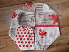 """Sac à tarte campagne en coton à motif """"poules"""" rouge/écru/taupe : Autres sacs par rouge-lin-et-bois"""