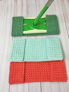 Easy Crochet Mop Cover - A Free Pattern and Tutorial | Grace and Yarn