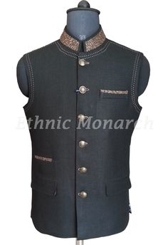 Black Nehru Jacket with beautiful collar and pocket. Indian Groom Wear, Indian Wear, Stylish Jackets, Stylish Tops, Muslim Men Clothing, Prince Suit, Modi Jacket, Western Suits, Waistcoat Men