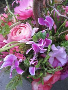 Flower bouquets, arrangements, design and flowers on Pinterest | 5091…