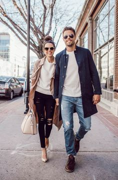 Essential pieces every couple needs in their closet moda casal, casal estiloso, ensaio de Paar Style, Street Fashion, Mens Fashion, Fashion Trends, Fashion Pants, Fashion Socks, Fashion Black, Curvy Fashion, Fashion Styles