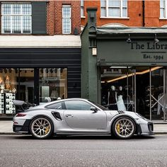 "49 mentions J'aime, 2 commentaires - Flacht Story (@flachtstory) sur Instagram : ""GT Silver + Weissach Package GT2RS """