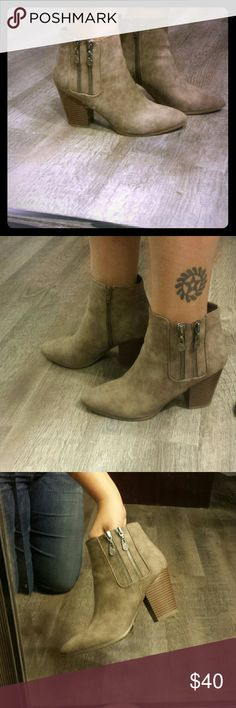 Ankle Boots Guess Booties Practically New Guess booties. Worn once. A tiny bit too big for me. G by Guess Shoes Ankle Boots & Booties