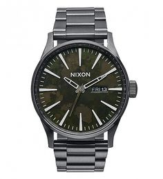 NEW Gunmetal/Green Oxyde Sentry SS Watch by Nixon | $275 | The Sentry SS is the essence of clean and cool, and it's been created with a deep appreciation for custom. Timeless style and durable construction make this a watch for everyone's quiver. The Sentry SS is built to last, with a raised bezel to protect the crystal and a solid stainless steel band. The three hand movement with raised indices and day/date dial are a clean and classic combo. | GOTSTYLE.CA