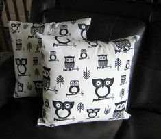 Items similar to Accent Cushion indoor/outdoor cases,owls home decor,livingroom accent,cottage decor,pillow covers by Designs by Willowcreek on Etsy on Etsy Patio Pillows, Old Pillows, Cushions, Throw Pillows, Owl Home Decor, Outdoor Cushion Covers, Owl House, Pillow Forms, Decorative Pillow Covers
