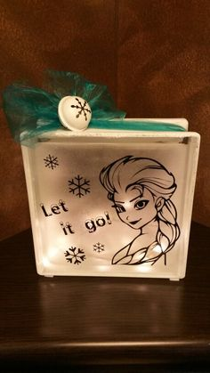Glasblok lamp Elsa Frozen   Te koop via: www.verrassendveelzijdig.com