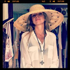 V with Zeus+Δione straw hat! Lifestyle, Nice, Friends, Hats, People, Fashion, Moda, Amigos, Hat