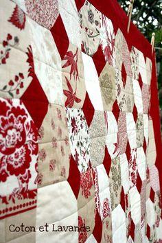 Lumiere de Noel quilt by Coton et Lavande