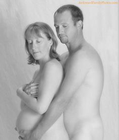 This is exactly why I refuse to do maternity pictures. People like this need shot. Maternity pictures aren't about being naked... Gag so gross.