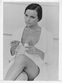 the beautiful Italian actress Laura Antonelli
